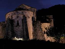 Bilder - Best of 2004 - Spanien - Girona - burg-angestrahlt