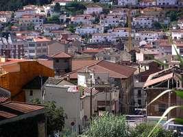 Bilder - Best of 2004 - Spanien - Girona - haeuser-meer