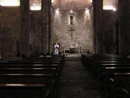 Bilder - Best of 2004 - Spanien - Girona - kirchen-schiff