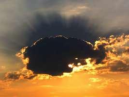 Bilder - Best of 2005 - wolke-im-gegenlicht