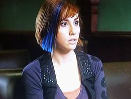 Bilder - Best of 2011 - warehouse-13-allison-scagliotti